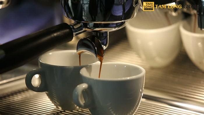 gương máy pha cafe