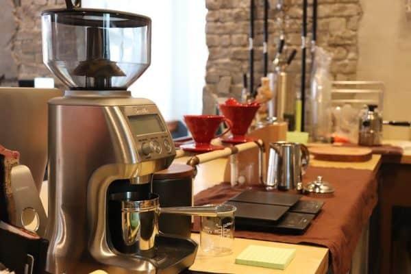lựa chọn có nên mua máy cafe không