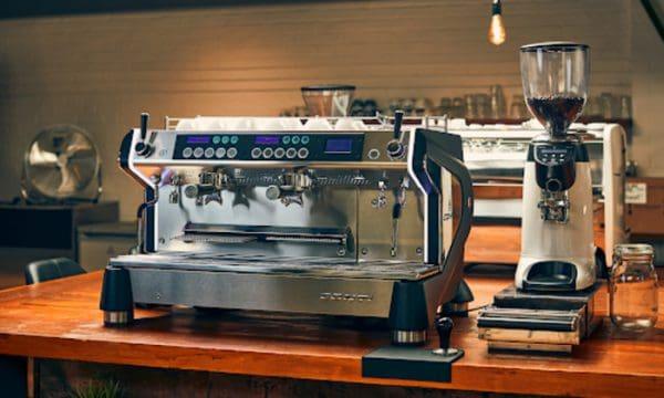 nên mua máy cà phê loại nào tốt