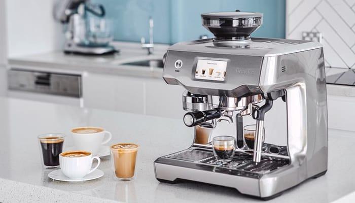 Máy pha cà phê Breville chính hãng rất đẹp mắt và chất lượng cao