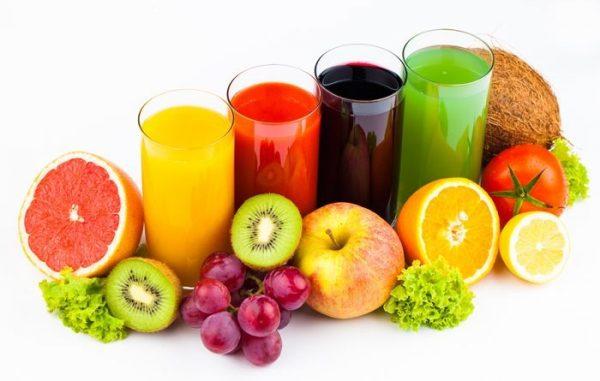 So sánh máy ép trái cây Kuvings và Hurom