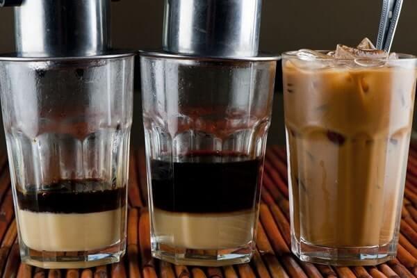 cách pha cà phê phin truyền thống