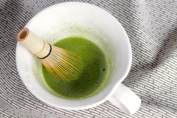 pha matcha latte trà xanh