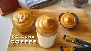 Cà phê Dalgona bọt biển