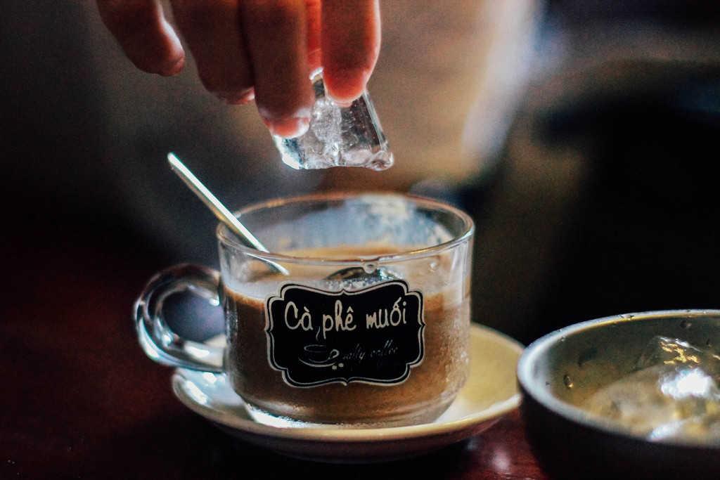Cà phê kem hoa muối