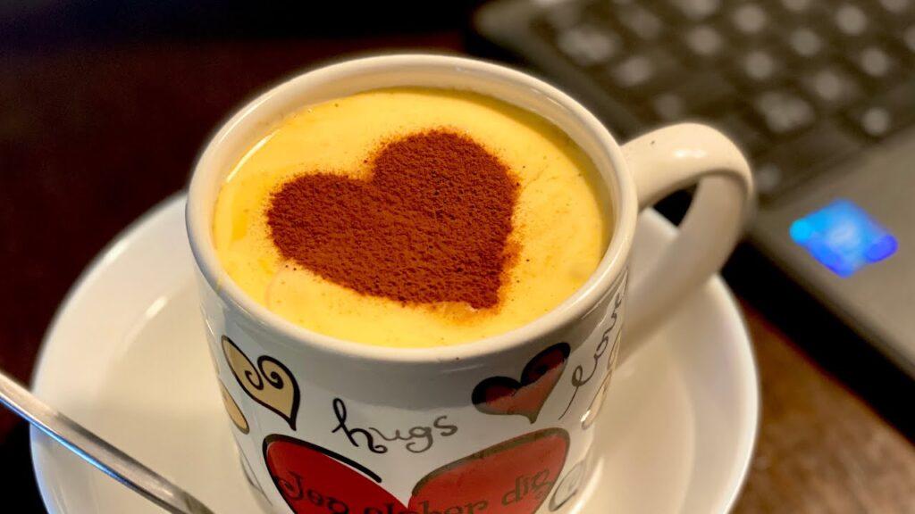 Cách làm cà phê trứng muối