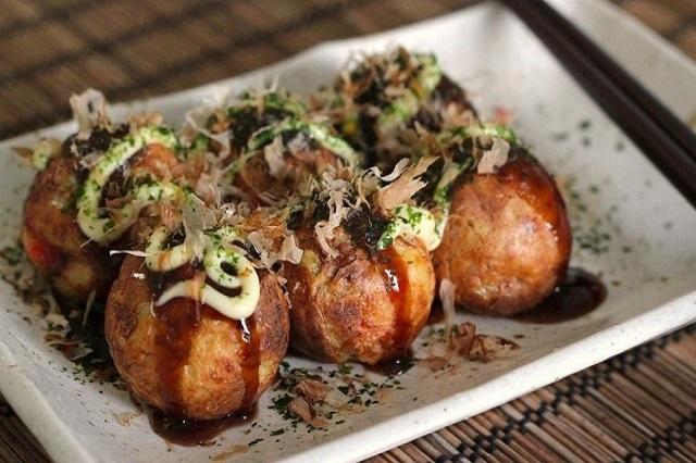 Khóa học làm bánh bạch tuộc Takoyaki mở quán ăn vặt tại TPHCM