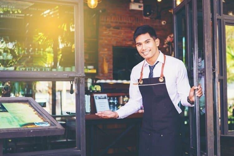 Hostess là gì Nhiệm vụ của hostess trong nhà hàng