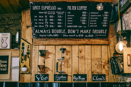 Hướng dẫn cách làm menu quán cà phê độc đáo, bắt mắt nhất