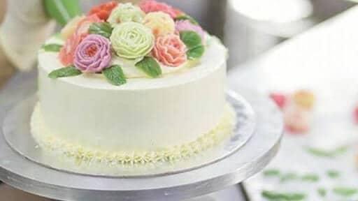 tự làm bánh sinh nhật