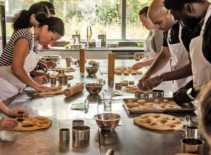 Khóa học làm bánh chuyên nghiệp để kinh doanh