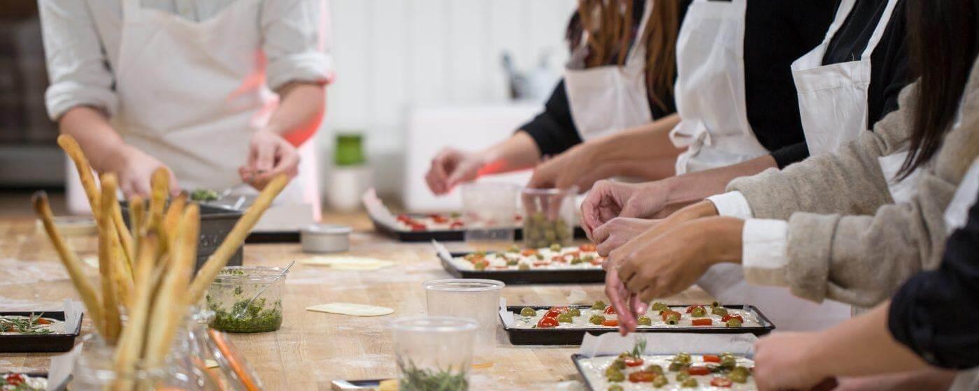 trung tâm dạy làm bánh