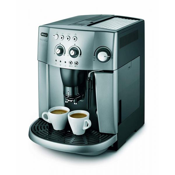 Máy pha cà phê Delonghi là của nước nào? Có tốt không?