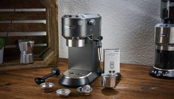 Nếu cần sửa máy pha cà phê delonghi hãy liên hệ ngay với Tam Long Group để ly Cappuccino của bạn trở nên tuyệt hảo