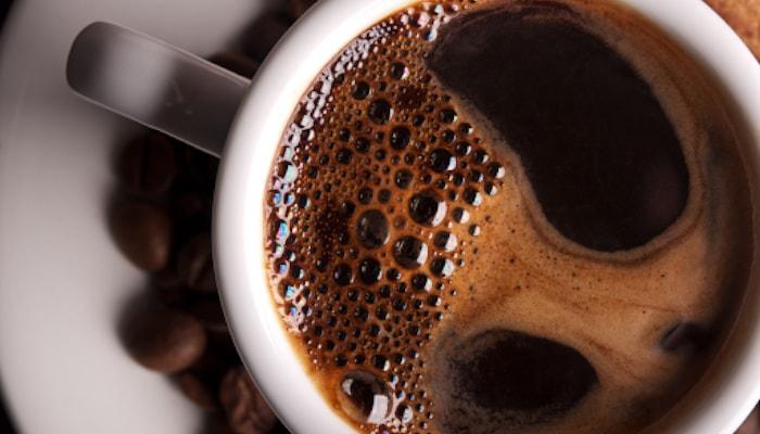 Độ sánh của cà phê khi pha cũng có thể nói lên thật – giả bạn nên biết