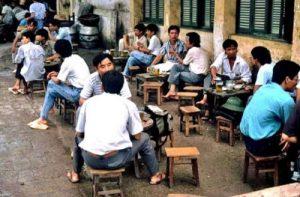 Chiến lược kinh doanh cà phê theo hình thức vỉa hè TPHCM