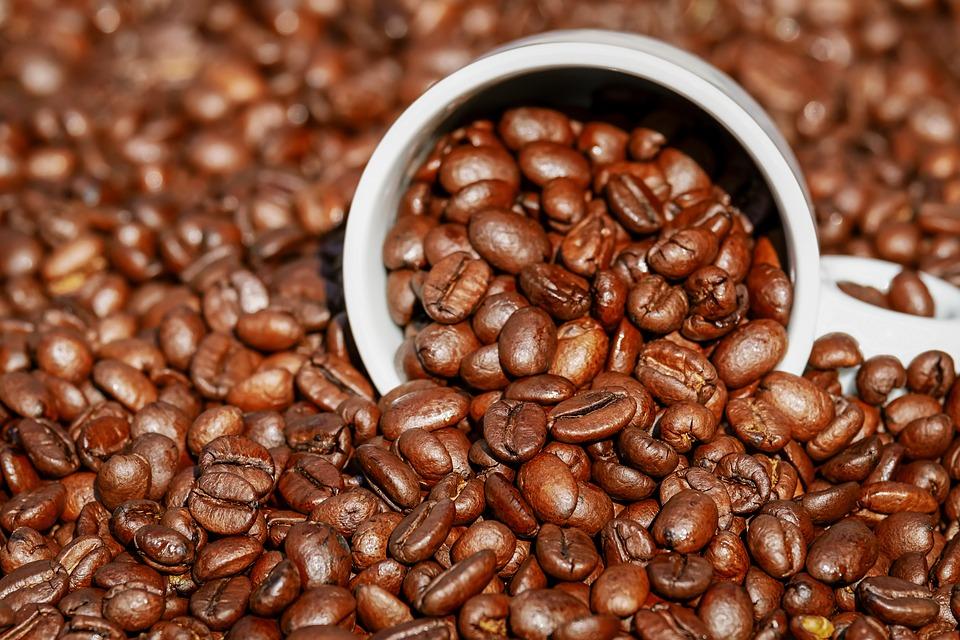 Mua bột cà phê làm trắng da ở đâu và cách sử dụng như thế nào đem lại hiệu quả cao nhất?
