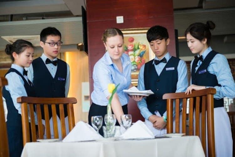 Những điều cần biết về quản trị nhà hàng khách sạn