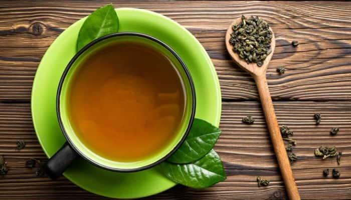 Thông thường nồng độ caffeine thì trà xanh thấp hơn trà đen