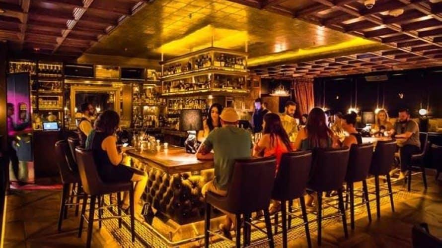 Quán bar là gì Đặc điểm các loại hình quán bar