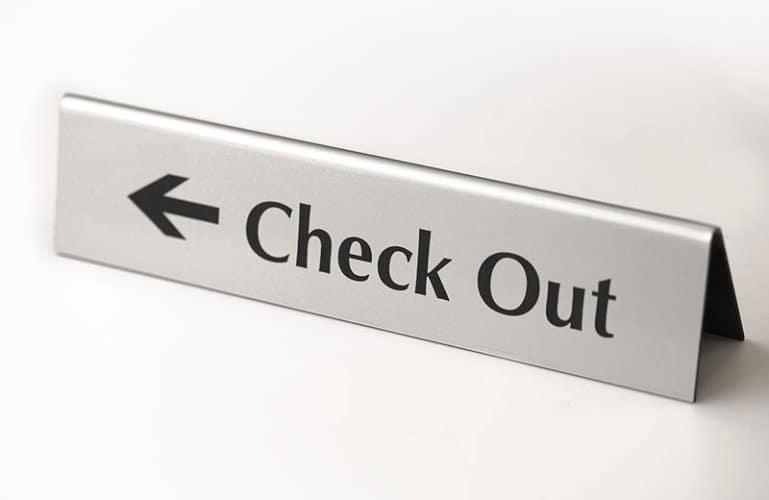 Quy trình thực hiện Check Out, Check In trong NHKS