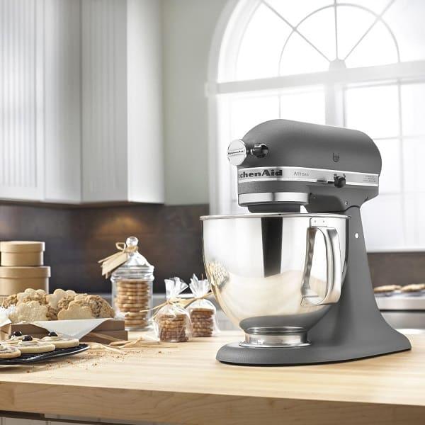 Review máy trộn bột đa năng của Kitchen Aid