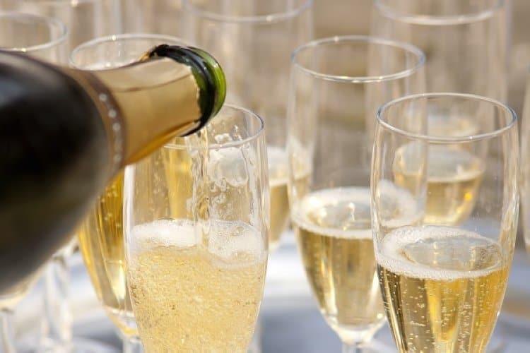 Rượu Sparkling wine là gì Và cách thưởng thức rượu