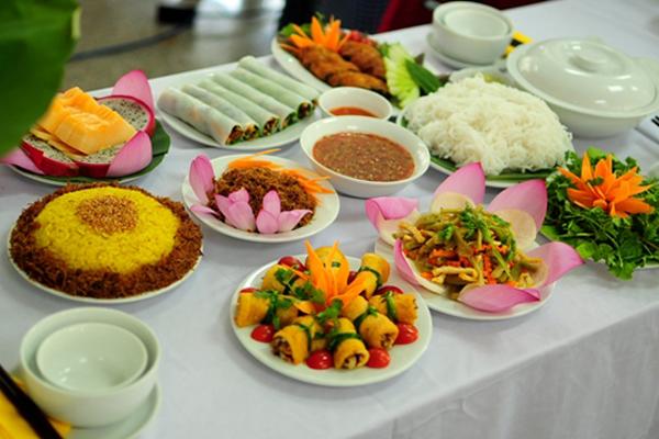 Tìm hiểu nội dung trong khóa học nấu ăn ngắn hạn của Tam Long