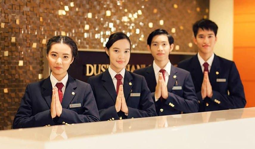 Tìm hiểu tất tần tật về Hospitality industry là gì