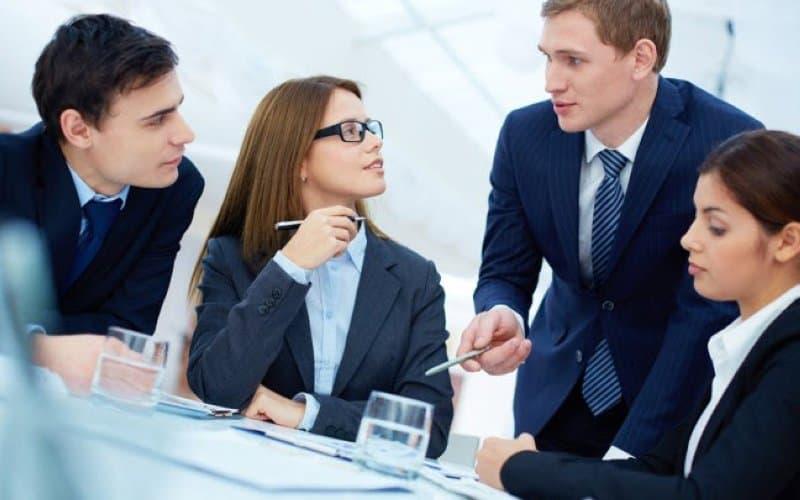 Tổng hợp thông tin bổ ích về sales executive là gì