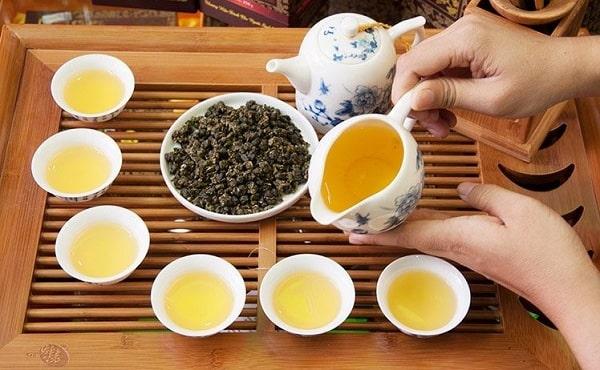 trà ô long pha trà sữa