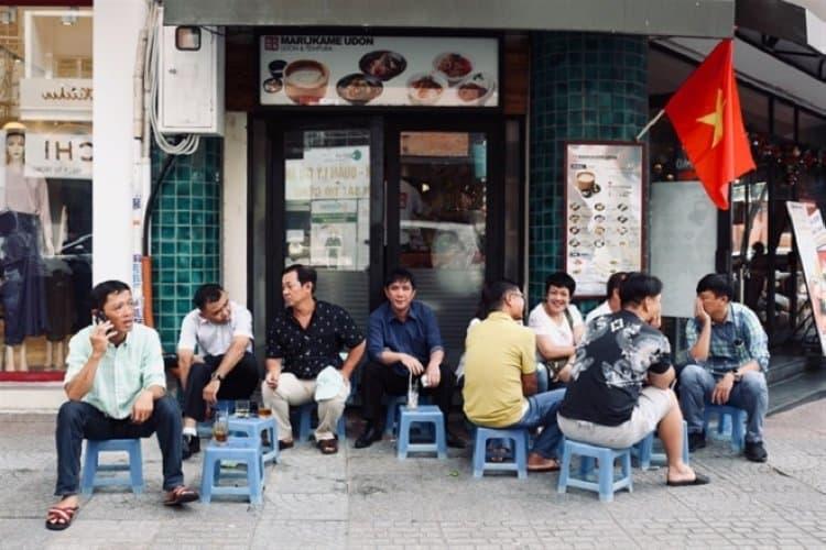Tỷ lệ người Việt Nam dùng cà phê như thế nào